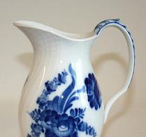 Royal Copenhagen - Blå blomster - Kanna - Bringare 1609
