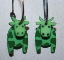 K-form - Örhänge - Ko - Grön