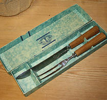 Jernbolaget - Rostfritt - Förskärarekniv med gaffel