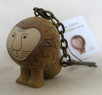 Lisa Larson - Nyckelring - Lejon
