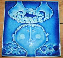 Gustavsberg - Keramik - Stig Lindberg - Väggrelief - Kröning - Turkos