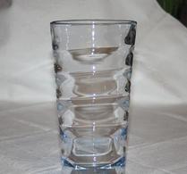 Glas - Vas - Blåtonad - Blåst