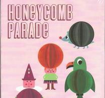 OMM Design - Ingela P Arrhenius - Honeybombs - Honeycomb parade rosa