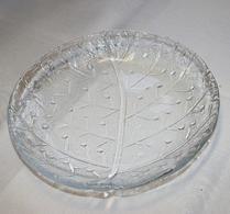 Glasassiett med bladnerver