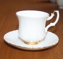 Royal Albert - Porslin - Val Dór  - Kaffegods