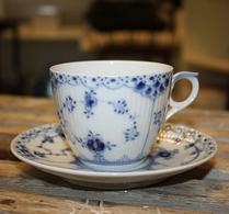 Royal Copenhagen - Porslin - Musselmalet - Kaffegods 756
