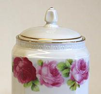 Porslin - Speceriburk - Potatismjöl - Rosa blommor